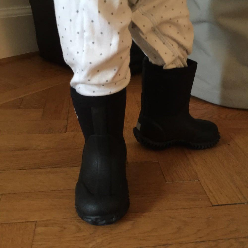 Recension: Vincent Allvädersstövlar – Barnplaggsguiden