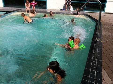 urinvägsinfektion bada pool