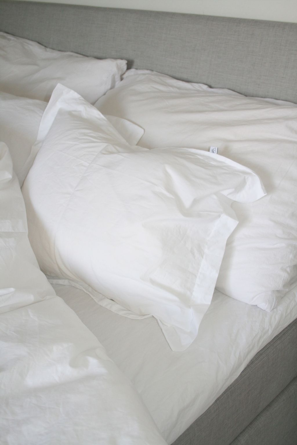 Säng1