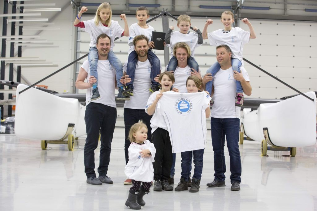 Johnie Berntsson and team 1.8 MB - strong kids