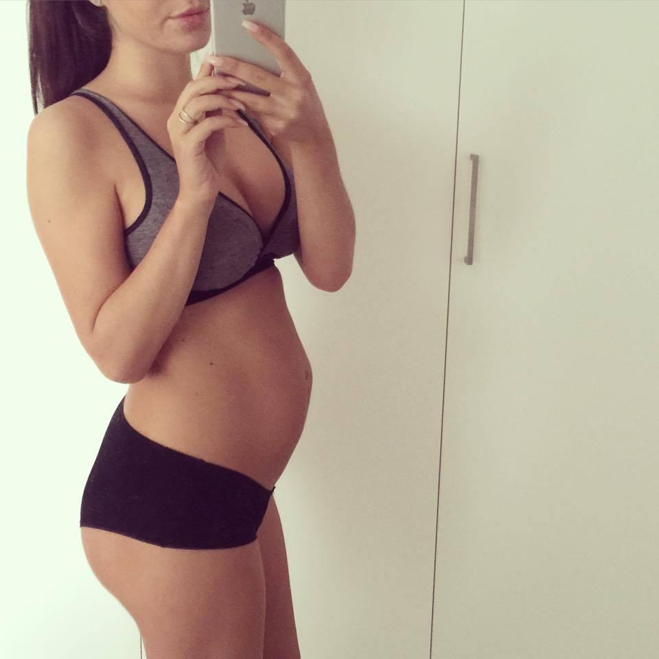 gravid efter bröstförstoring