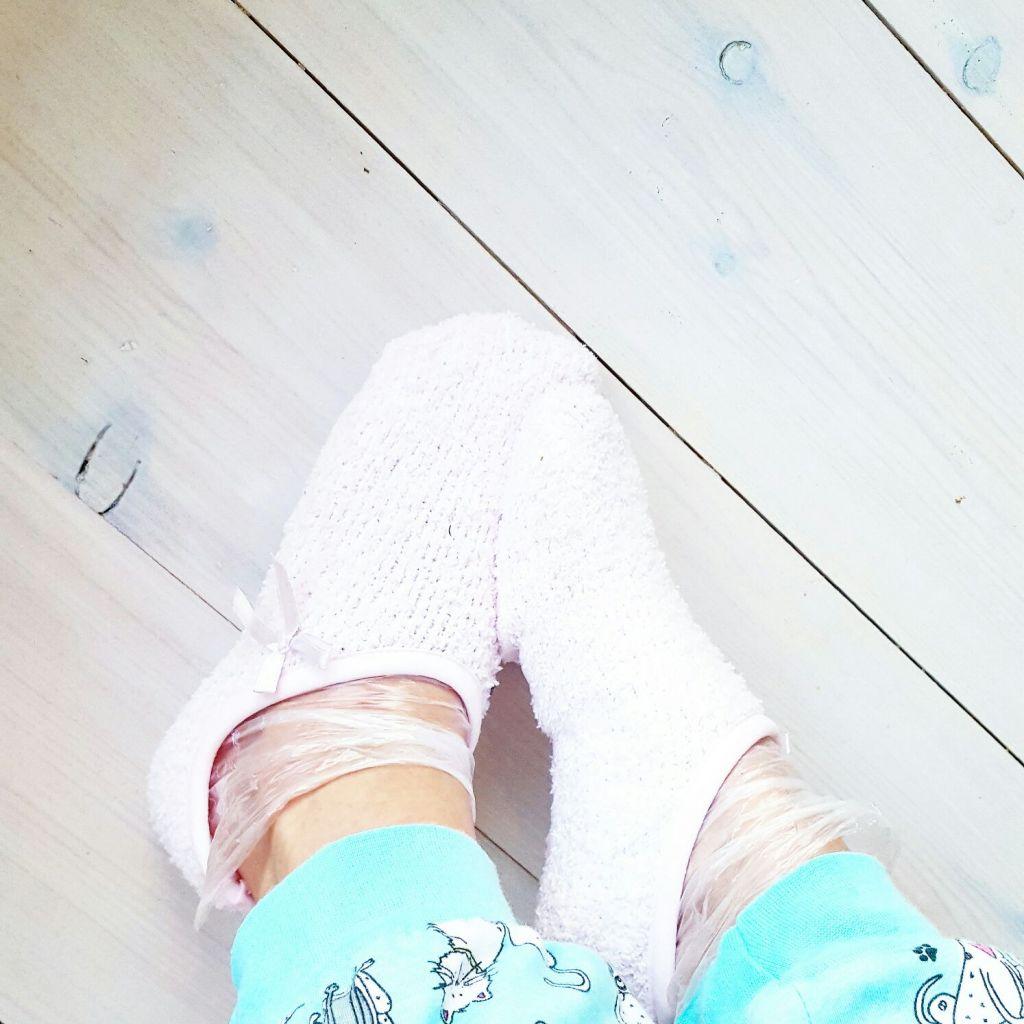 påsar till fötterna
