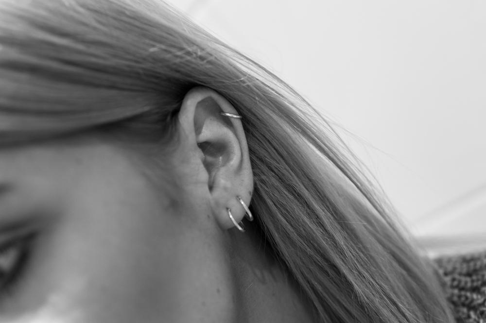 små ringar till öronen