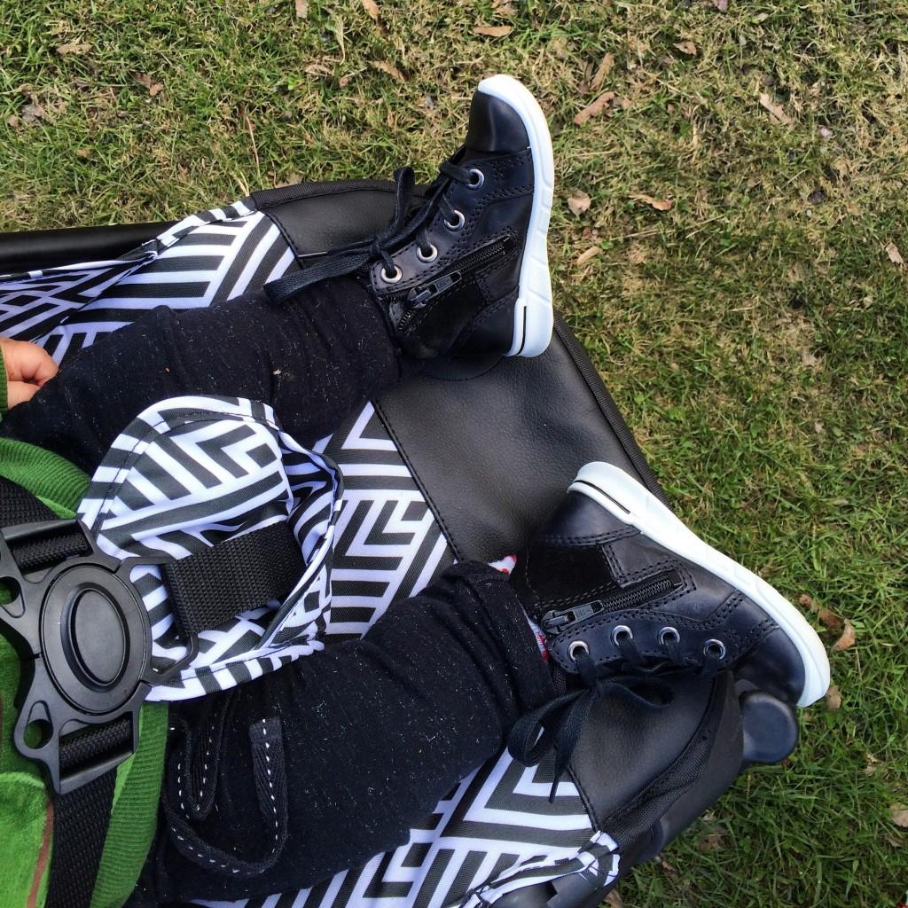 Många skor blev det! u2013 Mammalinda