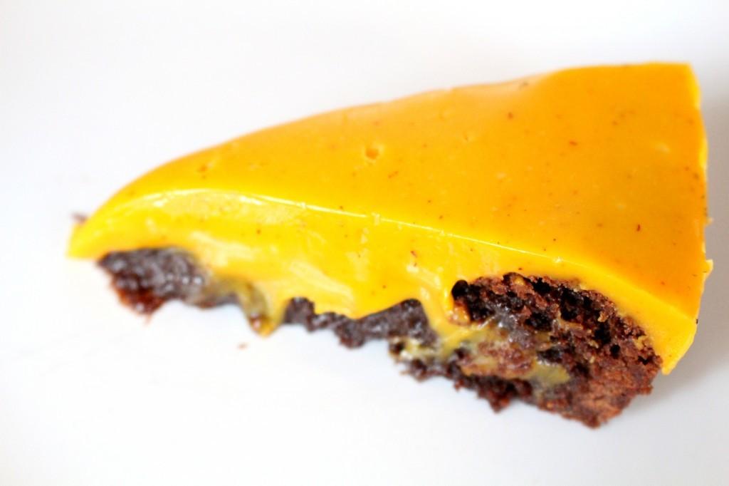 recept_kladdkaka_med_saffrans_och_vit_choklad_fudge