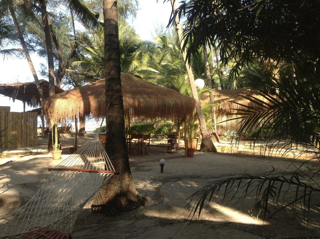 palm-grove-beach-resort