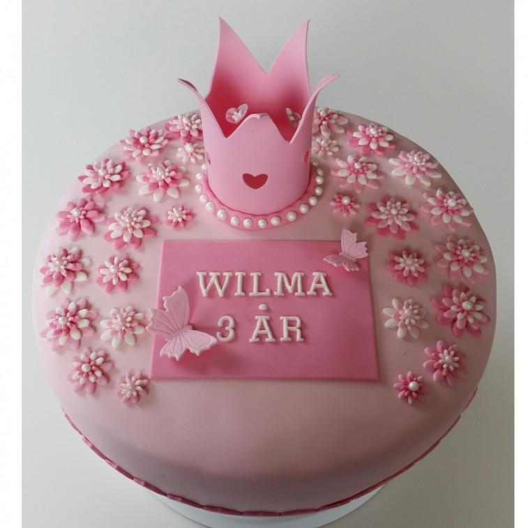 Mumsig Tårta Till Små Födelsedagsbarn Loppise