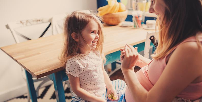Vabbtips: Saker att göra hemma med barn när du vabbar