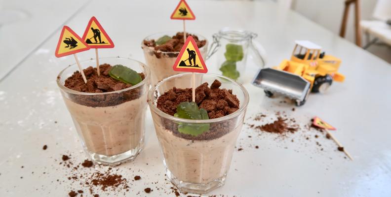 Recept: Chokladmousse för små byggarbetare