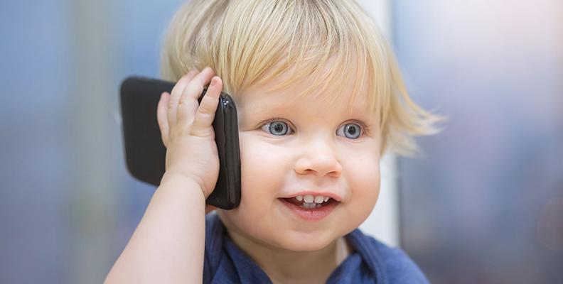 5 lekar som påverkar ditt barns språkutveckling