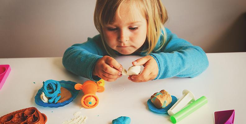 Kreativa aktiviteter att göra med barn på sportlovet
