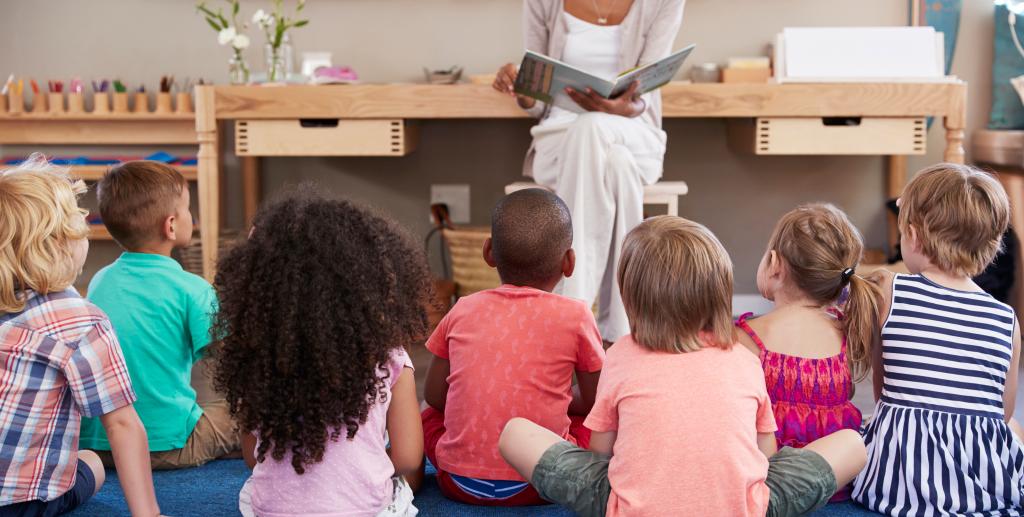 Hur länge får man ha barn på förskolan?